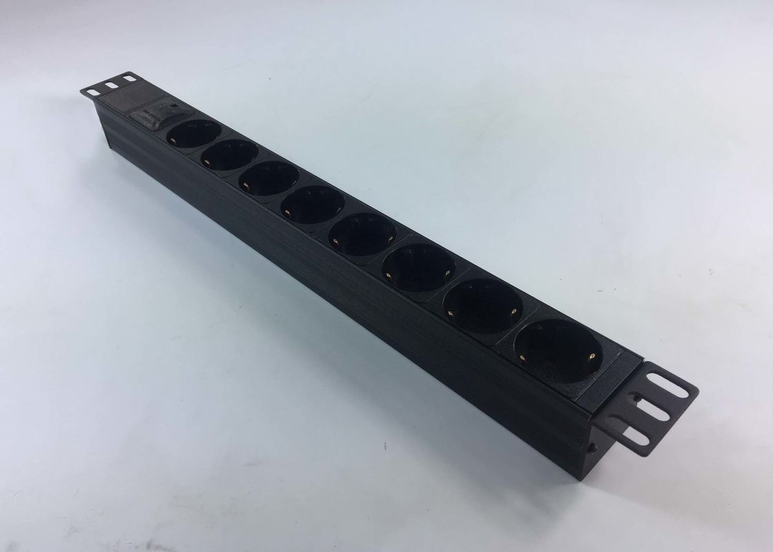Good Conductivity PDU Power Strip Cabinet Power Socket 8 10A For Power Station